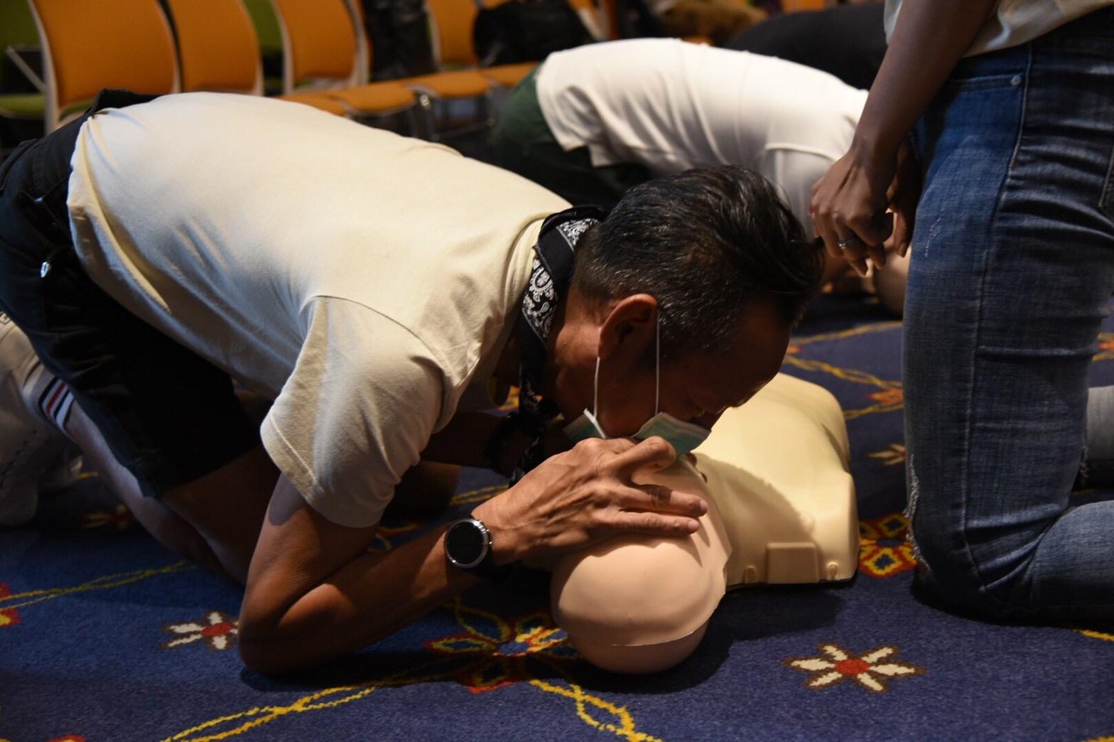 ฝึกกู้ชีพ CPR ผู้กำกับหนัง-ผู้จัดละคร-นักเขียน หวังช่วยล้างภาพจำผิดๆ