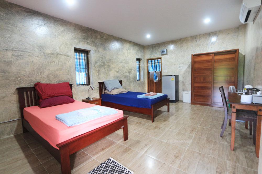บรรยากาศห้องพักแบบสองเตียงนอน