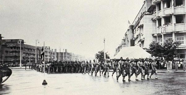 ๑๖ สิงหา วันสันติภาพไทย! วีรกรรมเสรีไทยที่สวนสนามอย่างผู้ชนะในวันแพ้สงคราม!!