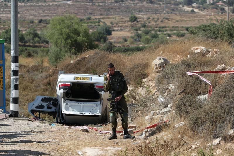 ตำรวจอิสราเอลยิงสังหารชาวปาเลสไตน์ขับรถไล่ชนคน