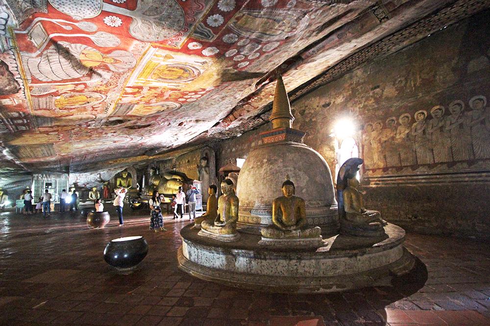 วัดถ้ำดัมบูลลา อีกหนึ่งมรดกโลกอันโดดเด่นของศรีลังกา