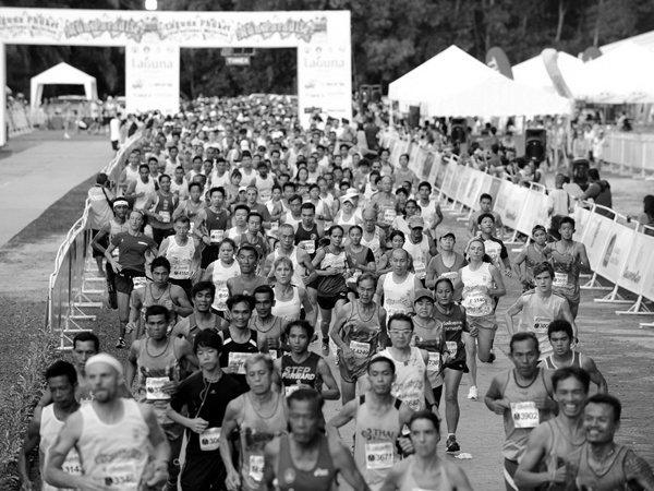 สธ.เตือนนักวิ่งมาราธอน ตรวจประเมินสุขภาพก่อนแข่ง หลังดับ 2 รายซ้อน