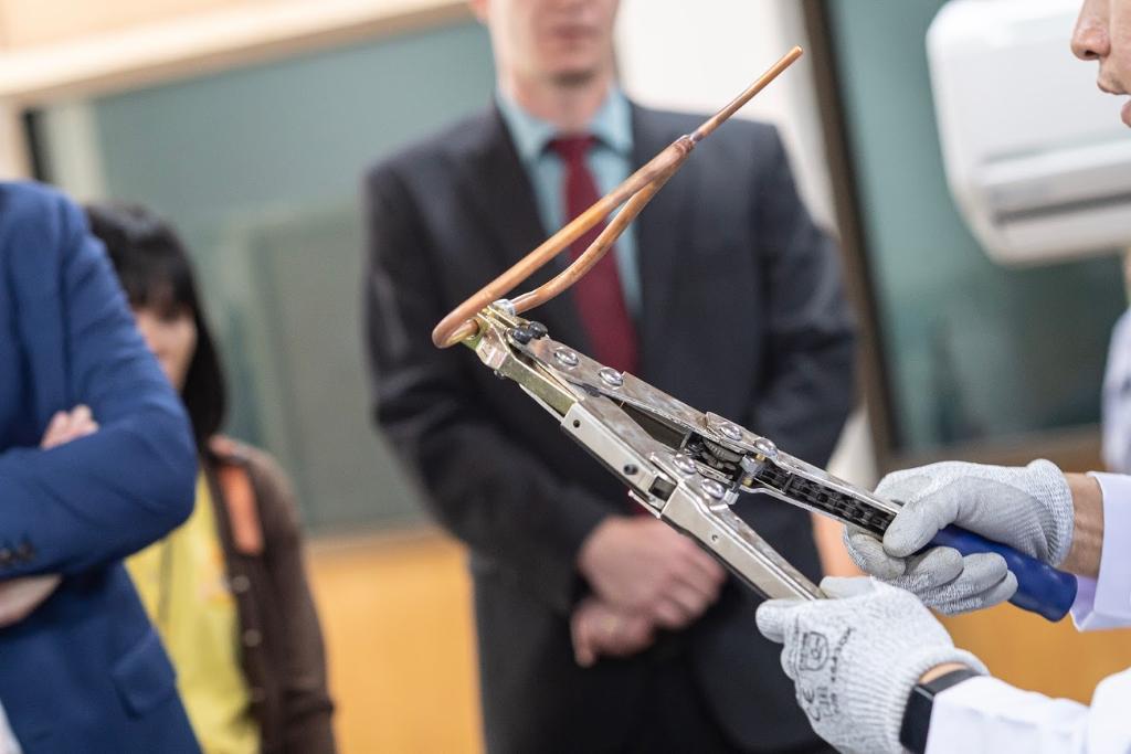 สาธิตการเชื่อมท่อน้ำยาเครื่องปรับอากาศด้วยเทคโนโลยี Lock Ring