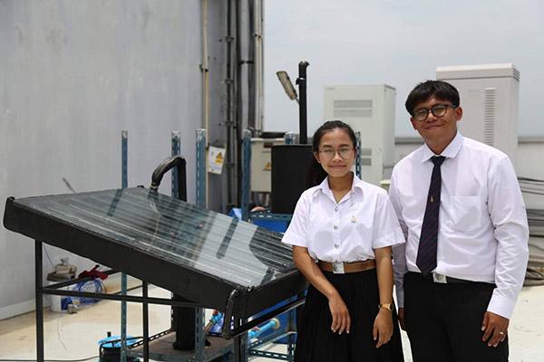 ฝีมือ!! นักศึกษา มทร.รัตนโกสินทร์สุดเจ๋ง สร้างระบบกลั่นเอทานอลพลังงานแสงอาทิตย์
