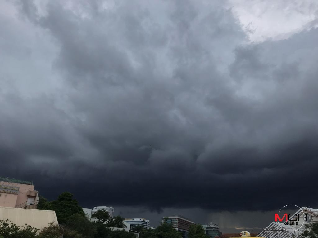 """อุตุฯ เผย ไทยฝนตกต่อเนื่อง-ตกหนักมาก ซัดกทม. ร้อยละ 60 เตือน ผู้เดินทางไปไต้หวันระวังพายุ """"ไป๋ลู่"""""""