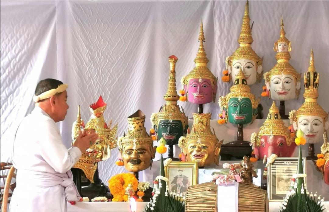 ททท. กทม. ร่วมสืบสานพิธีไหว้ครูดนตรีไทย ณ บ้านโสมส่องแสง ครูมนตรี ตราโมท ศิลปินแห่งชาติ