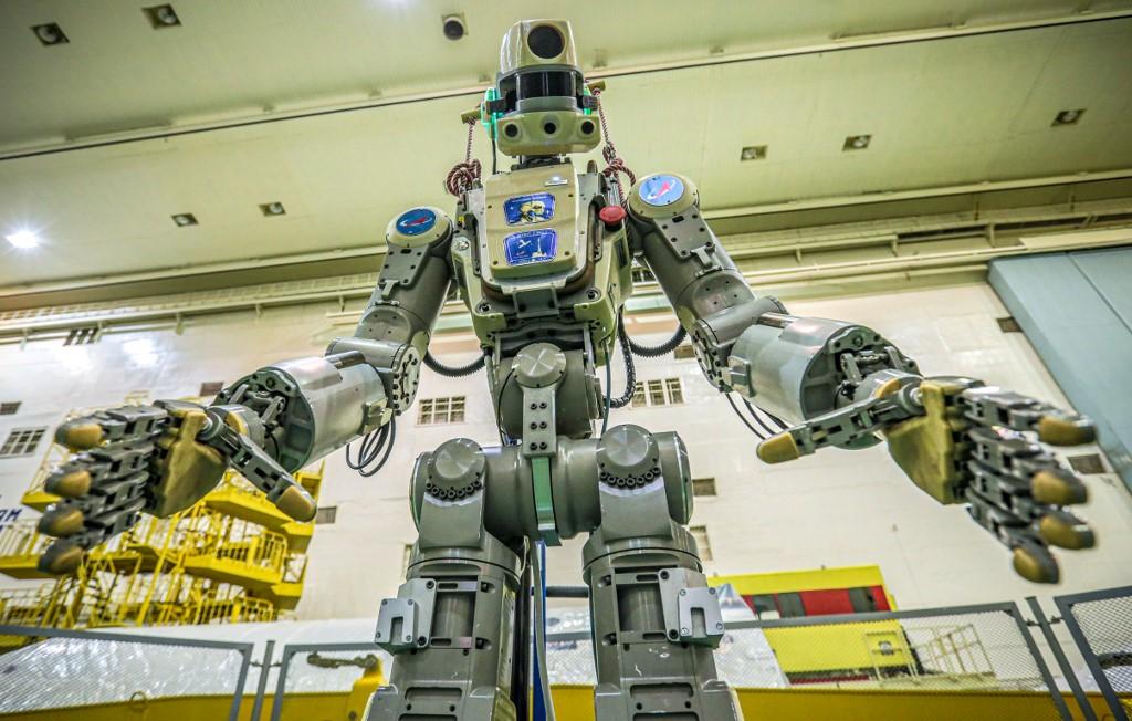 """รู้จัก """"เฟดอร์"""" หุ่นฮิวแมนอยด์ตัวแรกของรัสเซียบนสถานีอวกาศ"""