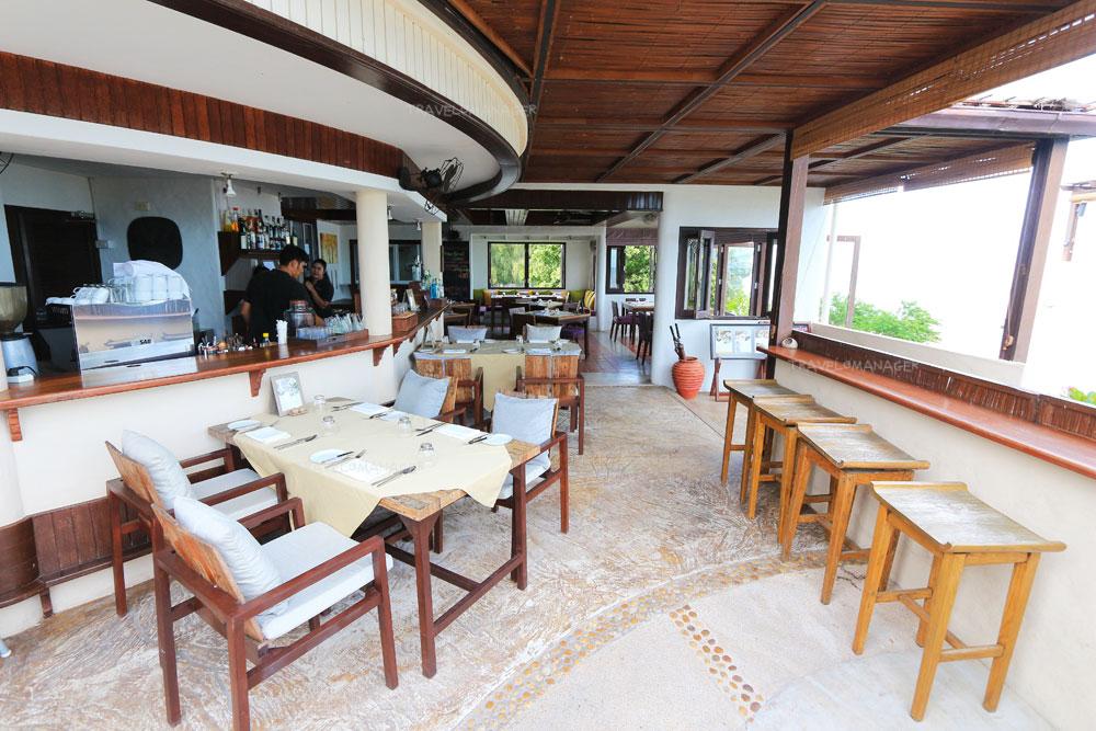 ห้องอาหาร Aleenta Restaurant