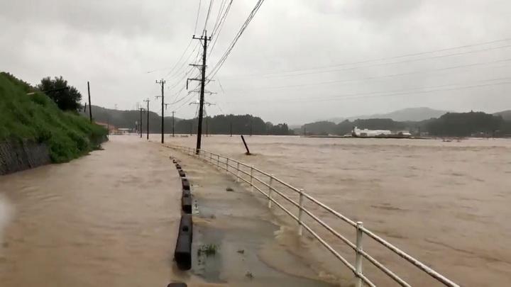 ฝนกระหน่ำ-น้ำท่วม-ดินถล่มตาย2 ญี่ปุ่นสั่งอพยพประชาชนเฉียดล้าน