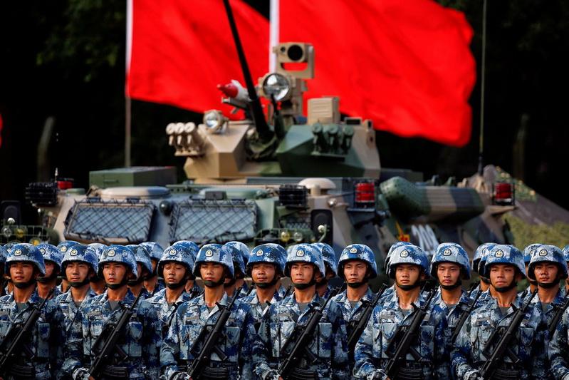 โลกจับตา!! จีนส่งทหารชุดใหม่ผลัดเปลี่ยนประจำการใน 'ฮ่องกง'