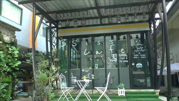 """คนแห่อุดหนุน..สาวพะเยากลับบ้านเกิดเปิด""""3 Sis's Cafe""""ทำไอศกรีมผลไม้พื้นถิ่นไม่แพ้ร้านดังขาย"""