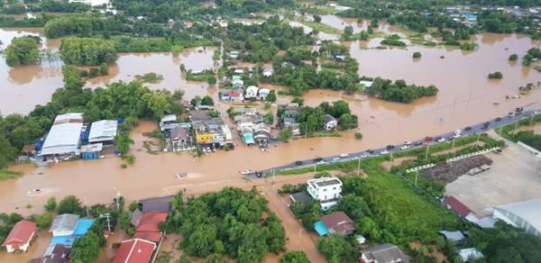 ยับเยิน!พิษน้ำท่วมทำไร่นาพิษณุโลกเสียหายแล้วกว่า 1.5 แสนไร่ คนเดือดร้อนกว่าครึ่งหมื่น