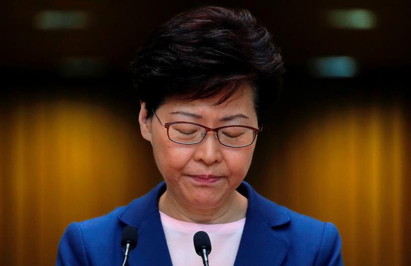 ผู้ว่าฯ ฮ่องกงเผยยินดี 'ลาออก' ถ้าเลือกได้-เสียใจเป็นต้นเหตุวิกฤตการเมือง