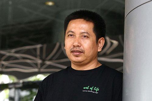 นายวิฑูรย์  เลี่ยนจำรูญ ผู้อำนวยการมูลนิธิชีววิถี (Bio Thai)