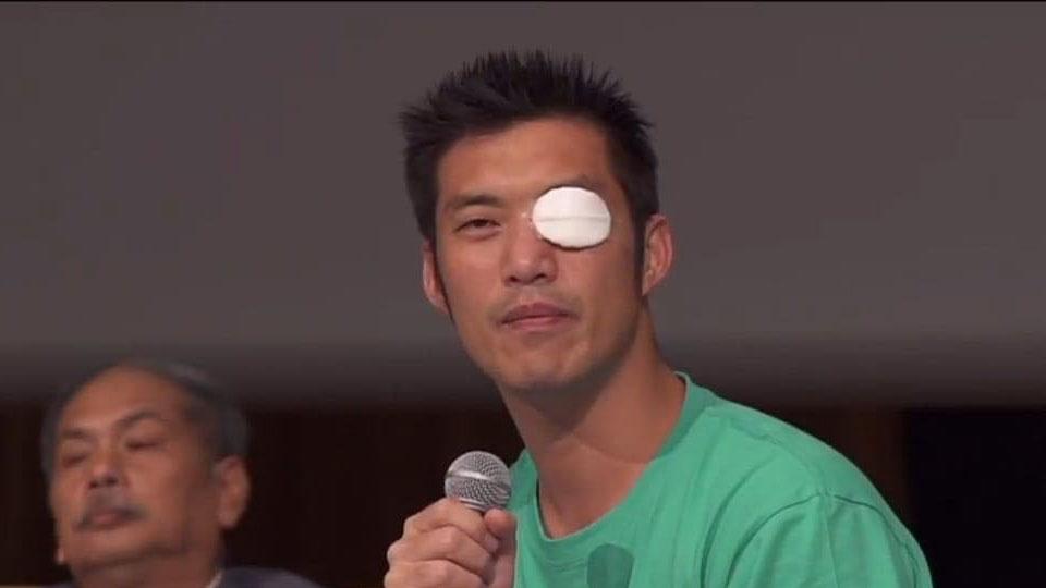 """เผยภาพ """"ธนาธร"""" ตาเจ็บ เหตุลูกคนเล็กเอานิ้วจิ้มตา ตอนนี้หายดีแล้ว"""