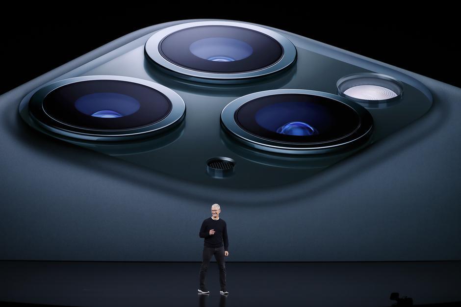 iPhone 11 Pro และ Pro Max ที่มีกล้อง 3 ตัว