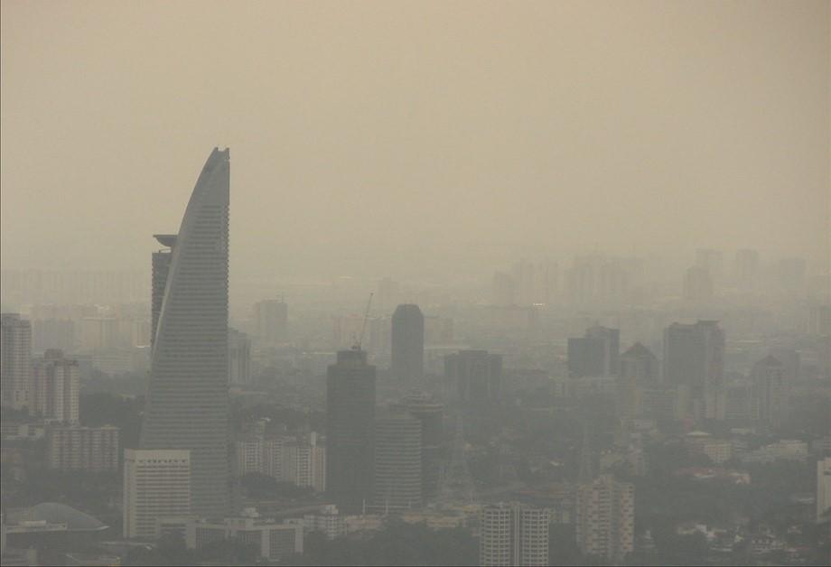 หมอกควันบุกสิงคโปร์ อากาศเลวร้ายที่สุดในรอบ 3 ปี