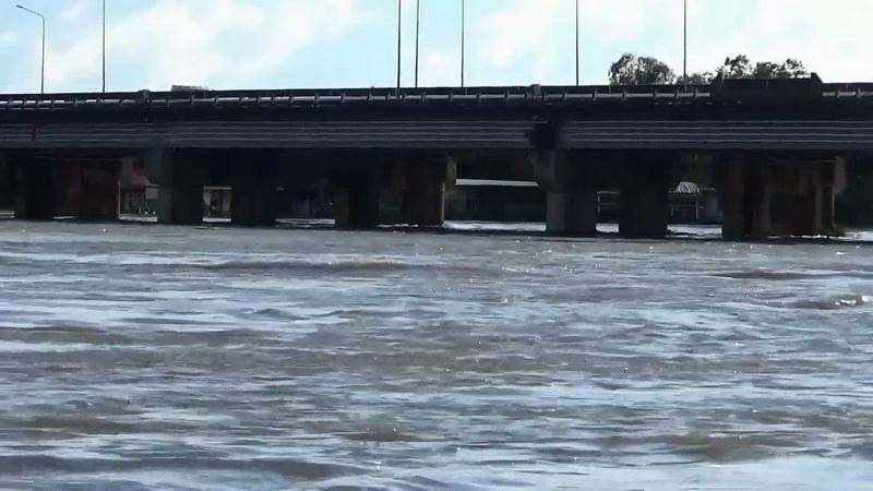Updateน้ำท่วมอุบลฯยังท่วมสูง11อำเภอแต่น้ำมูลลดต่อเนื่อง ปชช.อาศัยศูนย์พักพิงร่วม2หมื่นคน