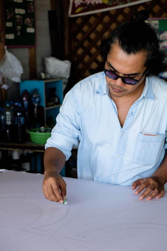 เอ็มริสซ์  ษิตดะห์ นักออกแบบทัศนศิลป์ (Visual Artist) ชาวสิงคโปร์