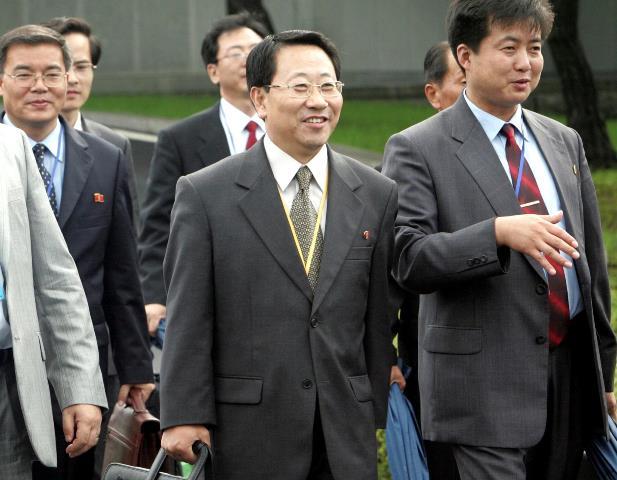 """หัวหน้าทีมเจรจาเกาหลีเหนือชื่นชม """"ทรัมป์"""" แนะนำลองวิธีการใหม่ ดีใจ """"โบลตัน"""" ถูกเด้ง"""
