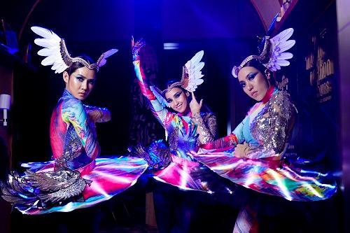 มหานคร แบงค็อก สกายบาร์ เปิดตัวการแสดงใหม่ บนห้องอาหารและบาร์ที่สูงที่สุดในประเทศไทย