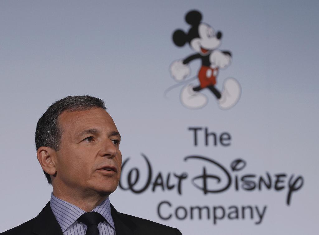 Bob Iger ต้านดีล Disney ซื้อ Twitter