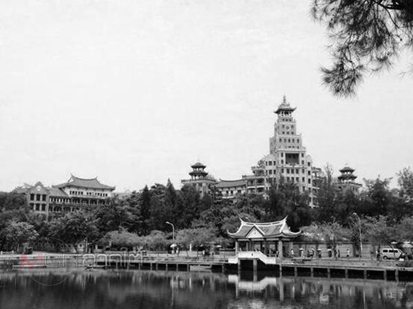 โรงเรียนจี๋เหม่ยที่เมืองเซี่ยเหมิน มณฑลฮกเกี้ยนของจีนแผ่นดินใหญ่