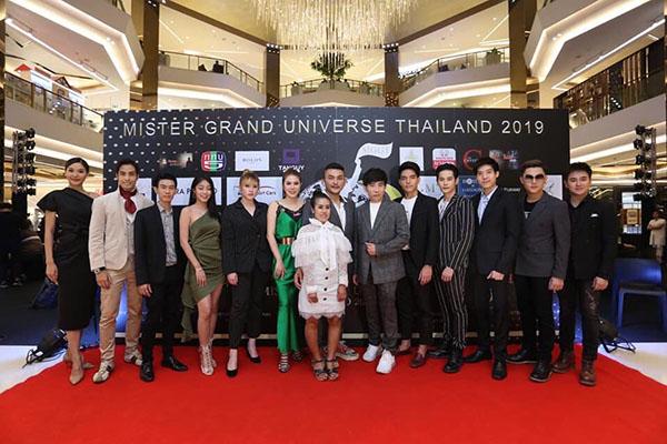 """""""มิก ธีรภัทร""""  หนุ่ม ป.โท ม.รัตนบัณฑิต คว้าตำแหน่ง  """"Mister Grand Universe Thailand 2019"""""""