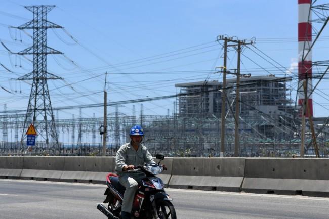การไฟฟ้าเวียดนามวางแผนกู้เงินขยายโรงไฟฟ้า 2,400 เมกะวัตต์ รับมือขาดแคลนพลังงาน