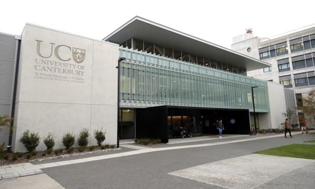 นักศึกษามหาวิทยาลัยที่นิวซีแลนด์ถูกพบเป็นศพในห้องพัก คาดตายเกือบ 2 เดือนแล้ว