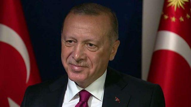 """ผู้นำตุรกีโดดป้อง """"อิหร่าน"""" กรณีโรงกลั่นน้ำมันซาอุฯ ถูกโจมตี"""