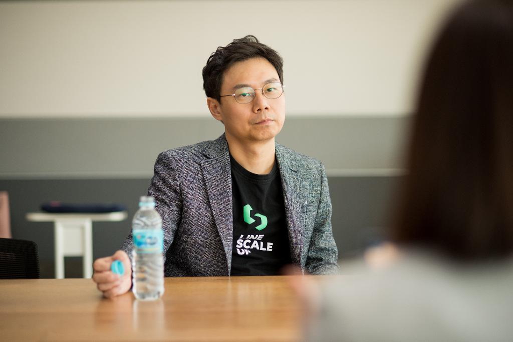 เจเดน คัง  รองประธานเจ้าหน้าที่ฝ่ายกลยุทธ์ LINE ประเทศไทย หัวเรือใหญ่ของโปรเจค LINE ScaleUp