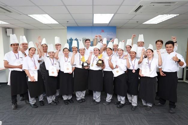 โรงแรมแบงค็อก แมริออท มาร์คีส์ ควีนส์ปาร์ค ส่งทีมเชฟชิงชัยสุดยอดเชฟ คว้า 2 ถ้วยรางวัล พร้อม 14 เหรียญรางวัล ในการแข่งขัน Thailand's International Culinary Cup ครั้งที่ 25