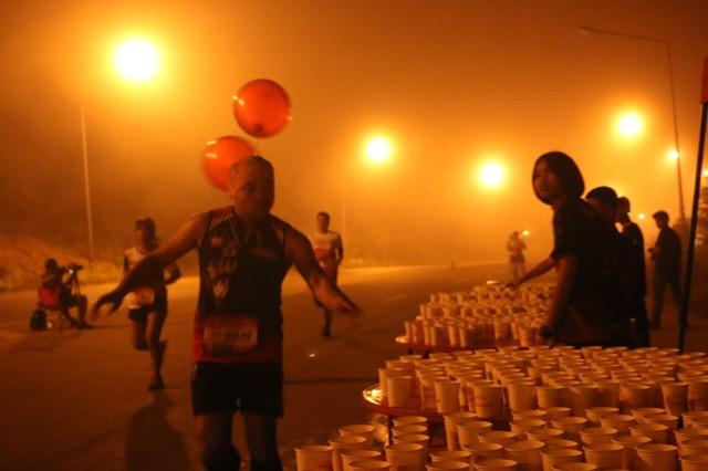 นักวิ่งกว่า 1,200 คน เข้าร่วมกันการแข่งขัน Siang Pure Relife 3 River Run คาดเงินสะพัดกว่า 10 ล้านบาท