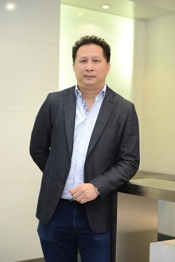 พิชญ์ โพธารามิก ประธานเจ้าหน้าที่บริหารและกรรมการ บมจ.จัสมิน อินเตอร์เนชั่นแนล JAS และ บมจ.โมโน เทคโนโลยี (MONO)