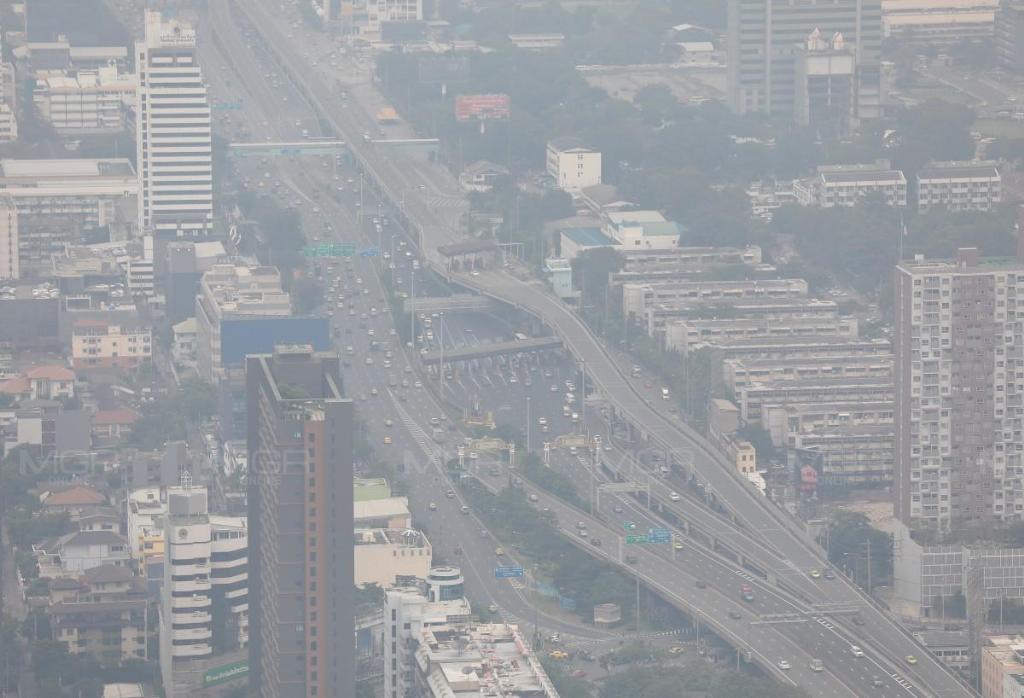 ฝุ่นสะสม! กรมควบคุมมลพิษ เผย กทม.-ปริมณฑล ยังมี PM 2.5 เกินมาตรฐานหลายจุด