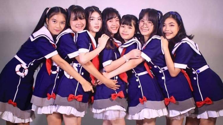 """เปิดตัว """"Lao Navy"""" ไอดอลเกิร์ลกรุ๊ปวงแรกของลาว หวังตามรอย BNK48"""
