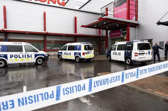 ฟินแลนด์ช็อค!!คนร้ายบุกโจมตีสถาบันการศึกษาในห้างฯ ตาย1ศพบาดเจ็บนับสิบ