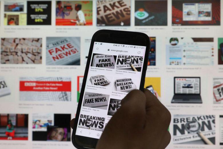 """สิงคโปร์เริ่มใช้ """"กฎหมายต้านข่าวปลอม"""" เมินเสียงเสียงวิจารณ์บริษัทโซเชียล"""