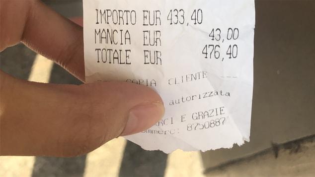 ฝรั่งก็มี!!แฉร้านอิตาลีโขกราคาอาหารนักท่องเที่ยวสุดแพง'สปาเก็ตตี2จาน,ปลา'ราคา1.4หมื่น
