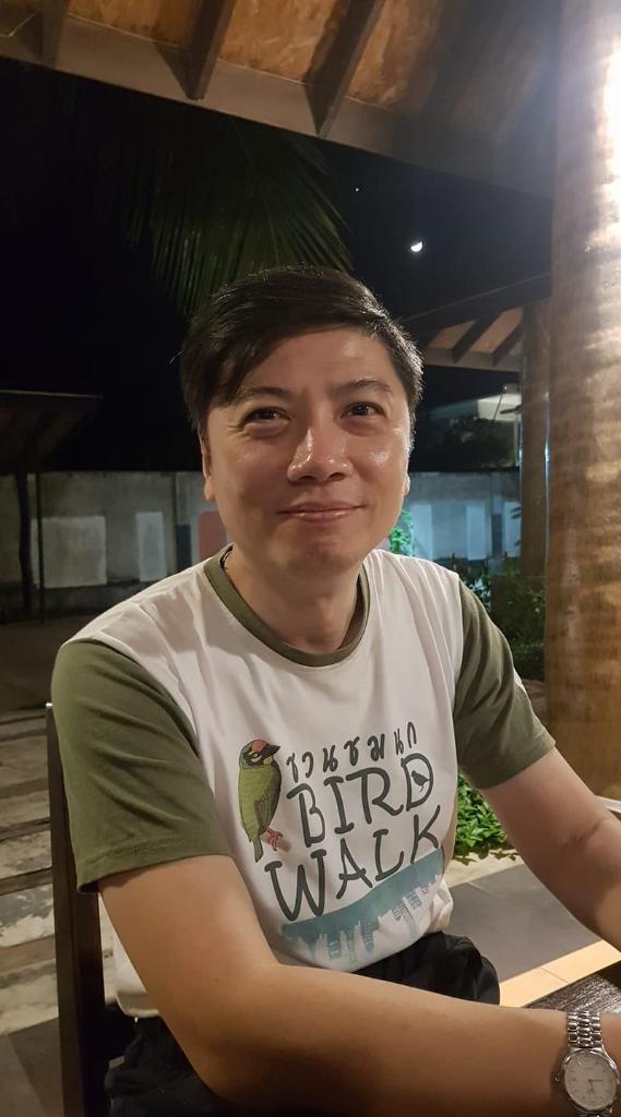 นายสัตวแพทย์เกษตร สุเดชะ นายกสมาคมอนุรักษ์นกและธรรมชาติแห่งประเทศไทย