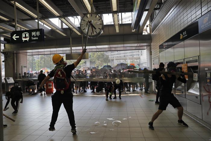ทำไมการประท้วงฮ่องกงจึงบานปลายจนควบคุมไม่อยู่