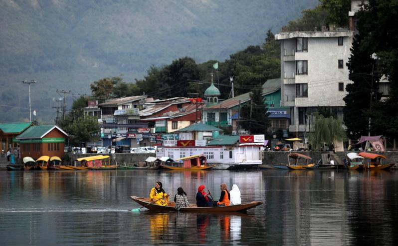 อินเดียจ่อยกเลิกประกาศเตือนการท่องเที่ยวใน 'แคชเมียร์'