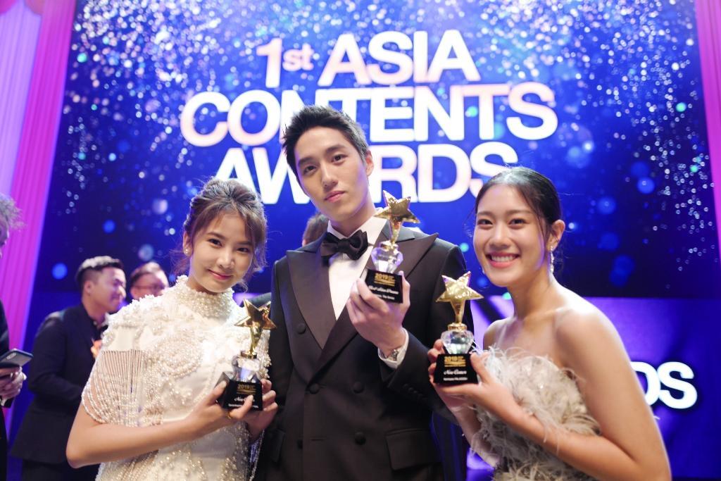 """ซีรีส์ไทยสุดเจ๋ง """"ฮอร์โมนส์ วัยว้าวุ่น"""" ทั้ง 3 ซีซั่น คว้า 2 รางวัลจาก """"1 st Asia Contents Awards 2019"""" ที่ปูซาน"""