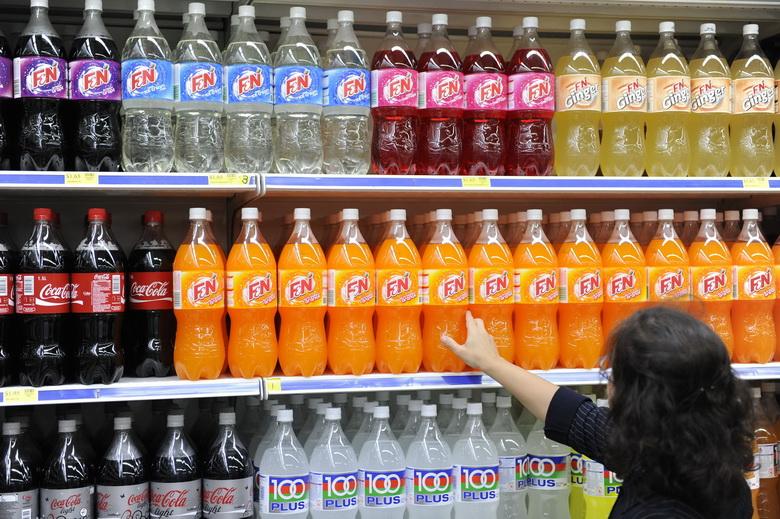 สิงคโปร์จ่อแบนโฆษณา 'น้ำอัดลม-เครื่องดื่มน้ำตาลสูง' ต้านโรคเบาหวาน