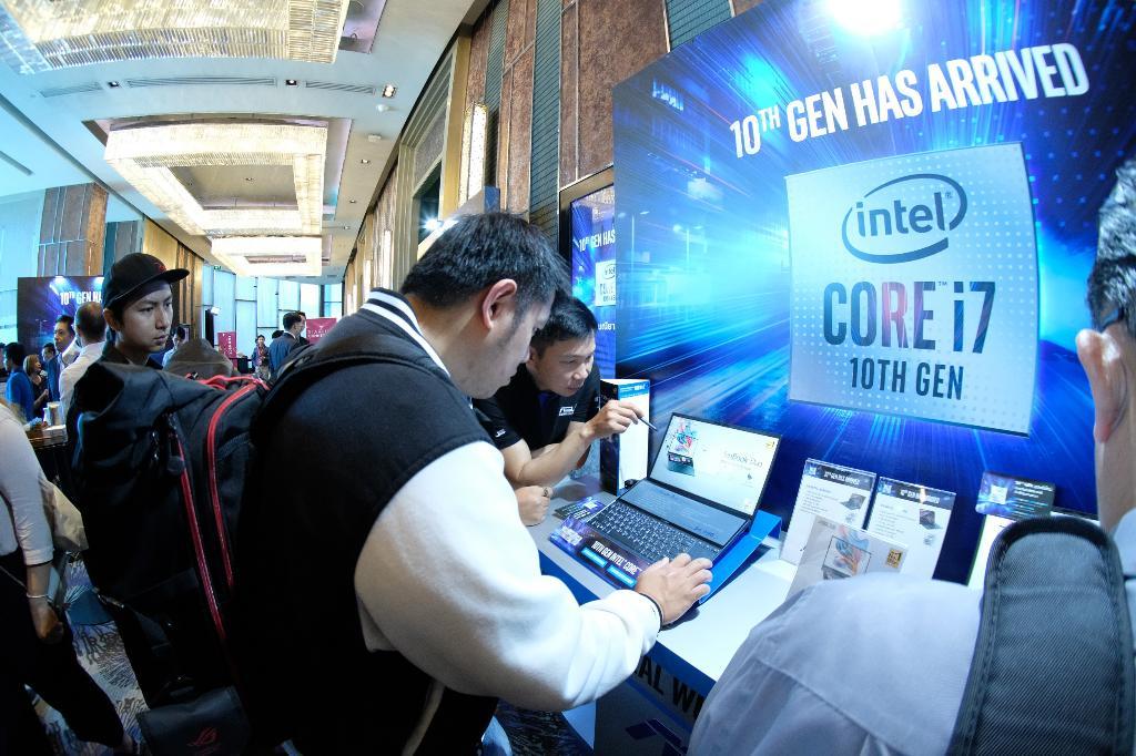 แล็ปท็อปที่ใช้ชิปรุ่นใหม่ Intel Core เจนเนอเรชัน 10 จะเริ่มทำตลาดในประเทศไทย 31 รุ่นจากปัจจุบันที่มี 120 รุ่นวางตลาดในทั่วโลก