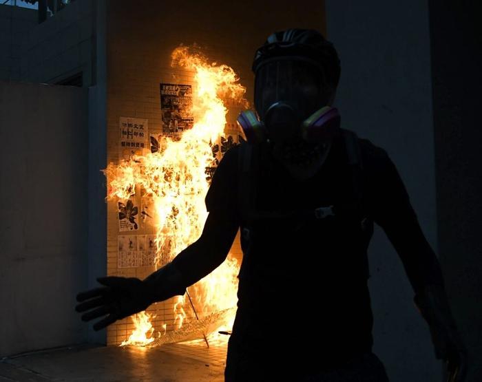 บทความคิดเห็น : ภัยคุกคาม 'ประชาธิปไตย' และ 'เสรีภาพ' ของฮ่องกง