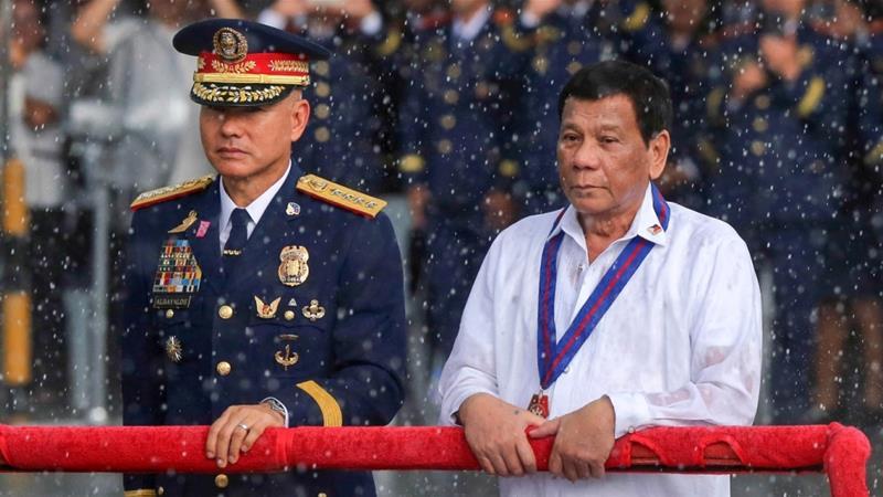 งามไส้!! ผู้บัญชาการตำรวจแห่งชาติฟิลิปปินส์ 'ลาออก' หลังถูกครหาช่วย 'ตำรวจค้ายา'