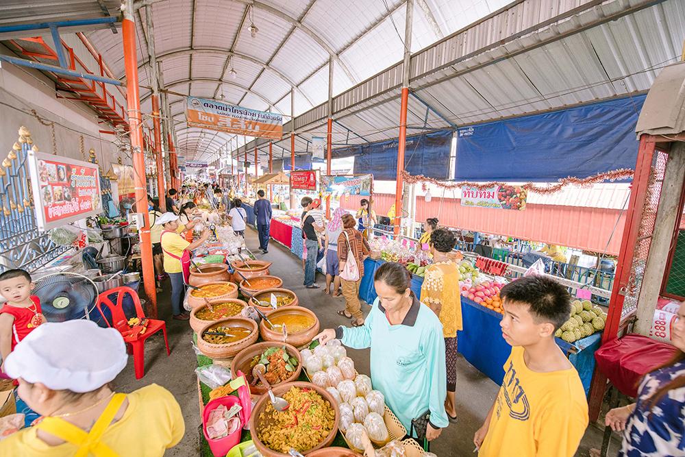 """""""6 ตลาดน้ำเมืองนนท์"""" ชม-ชิม-ชอป สัมผัสวิถีของดี จ.นนทบุรี"""