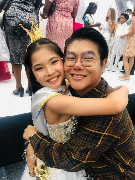"""""""น้องเบจิง ศรีสุภา"""" เด็กเก่งตัวแทนประเทศไทย เตรียมประกวดเวทีโลก Little Miss and Mister United World 2019"""